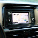 Rendszeresen frissíthető Android autós navigációs rendszer