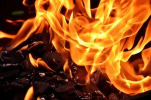 Szórakoztató tűztánc